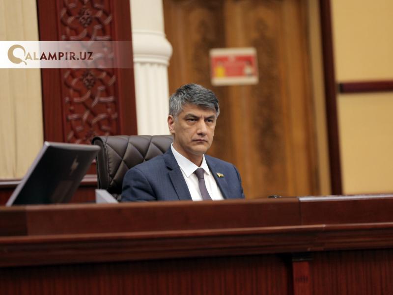 Rus hukumatining bosh maddohini qiynab qo'yibmiz – Alisher Qodirov Solovyovga javob qaytardi
