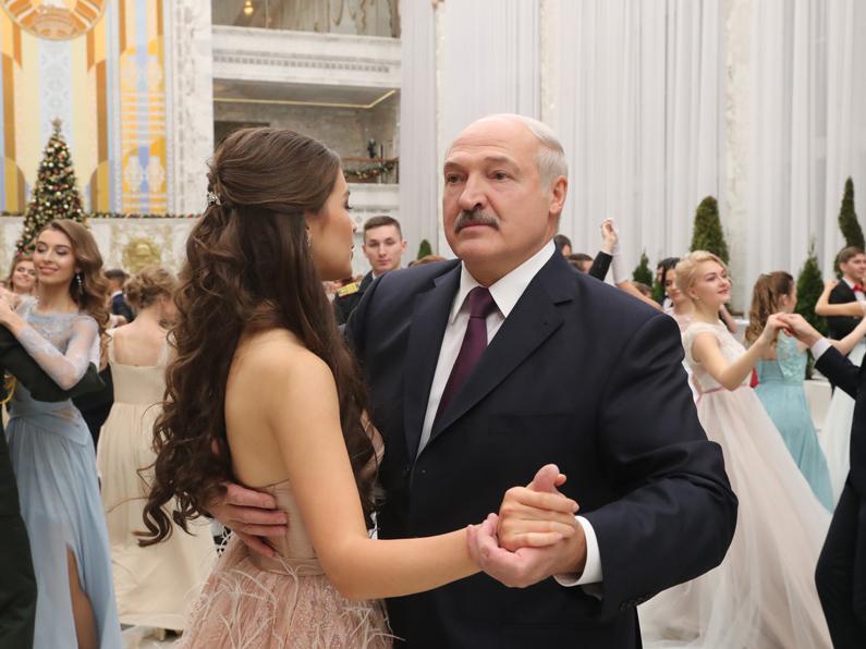 """Беларусь гўзали"" парламент депутати бўлди"