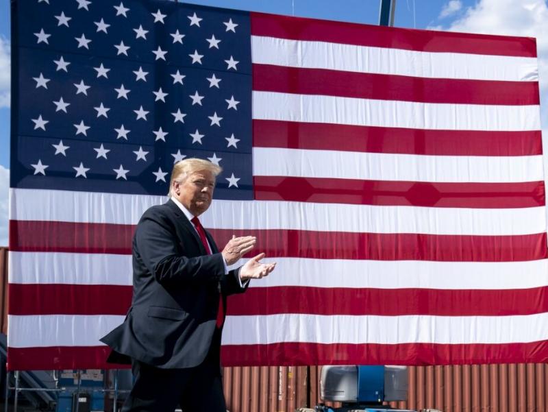 Трамп агар ниқоб тақса, кимларга ўхшаб қолишини айтди